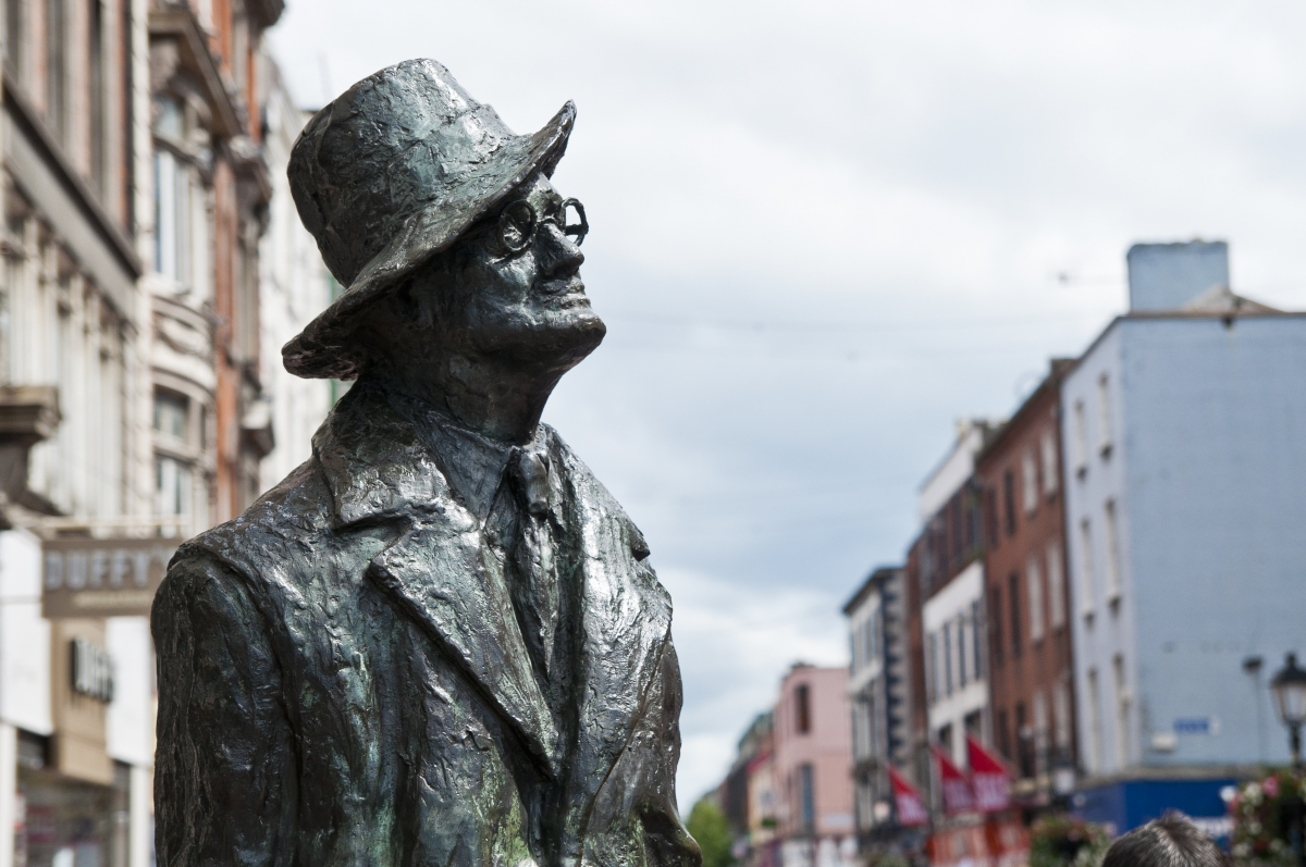 chauffeur driven tours of Dublin, Ireland