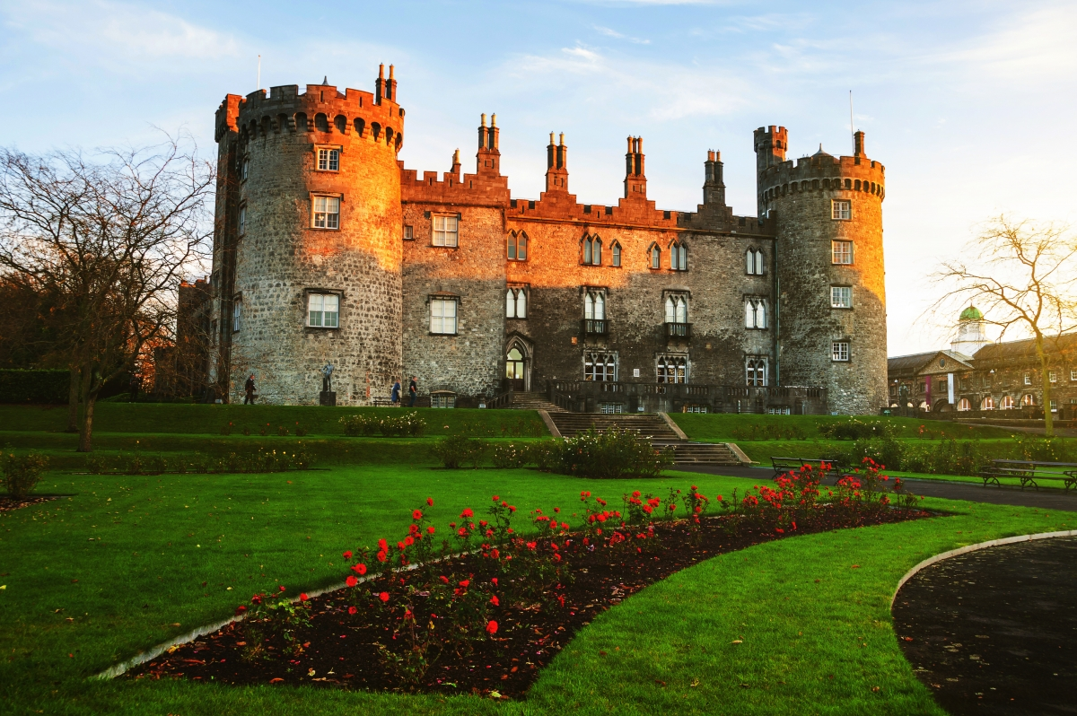 Private escorted chauffeur driven Tours to Kilkenny Castle